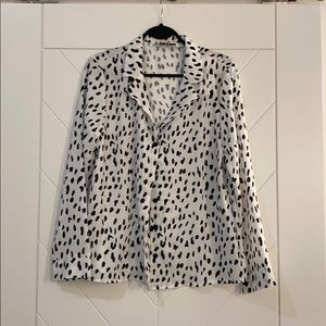 Black and white blouse